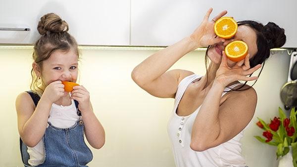 mother daughter fruit